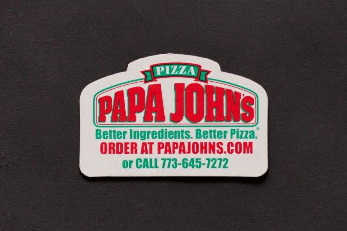 Papa John's Magnet